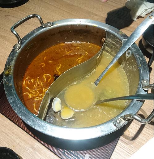 ほぼほぼスープも追加しまくった上でなくなりました。やっぱ、汗が吹き出します…