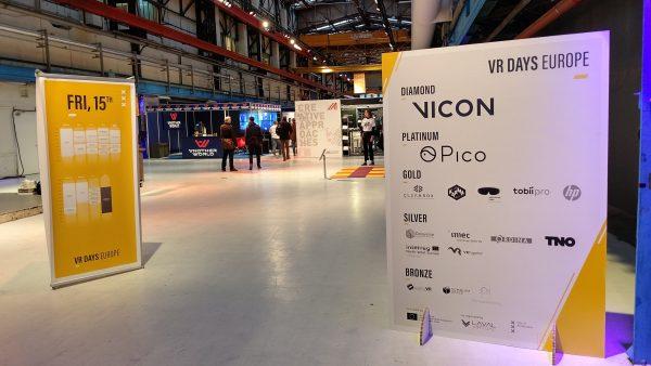 見ての通り大盤振る舞いVICONでプライムのスポンサをはっています