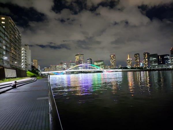 """数年前に開通した墨田川最下流の橋、環2の""""築地大橋""""です。オリンピア運送ルートの橋で今は一般車交通不可です。"""